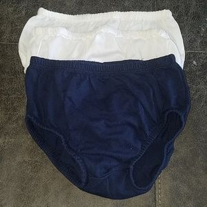 Girl Under Garment, For Dresses or Skirts.